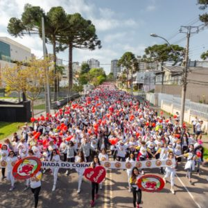 Caminhada do Coração confirma tradição com milhares de participantes pelo 15º ano consecutivo